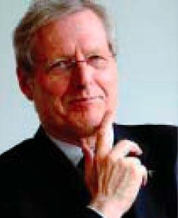 photo : Bernard Devert, fondateur d'Habitat et Humanisme et prêtre du diocèse de Lyon