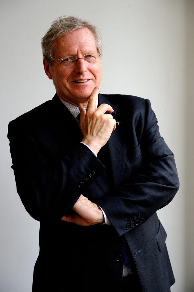 """photo : Bernard Devert, fondateur de """"Habitat et Humanisme"""" et prêtre du diocèse de Lyon"""