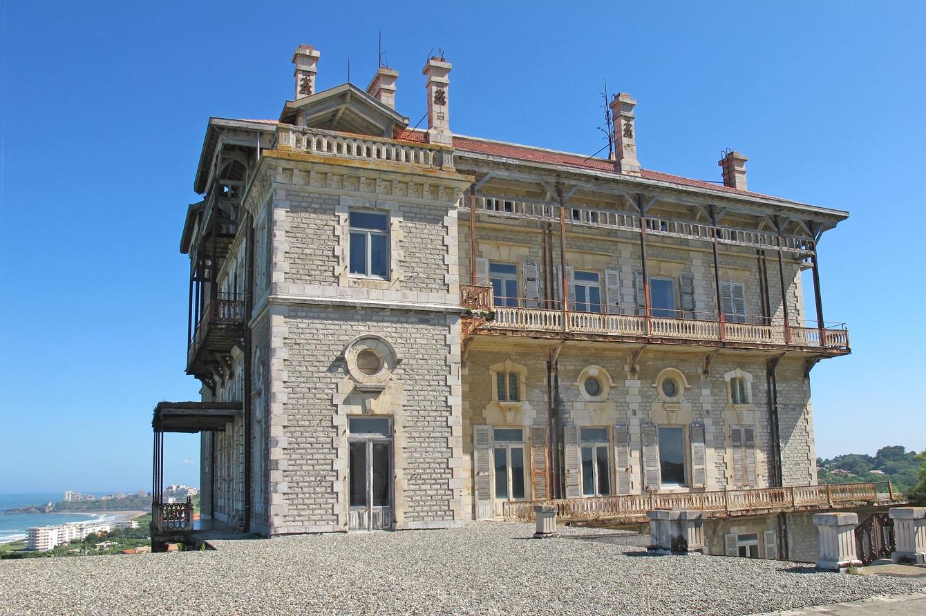 Barnes biarritz vend le ch teau d 39 ibarritz et lui offre un - Le comptoir de l immobilier neauphle le chateau ...