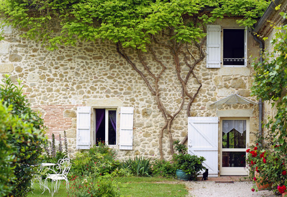 photo : belle maison en pierre et son jardin # 02