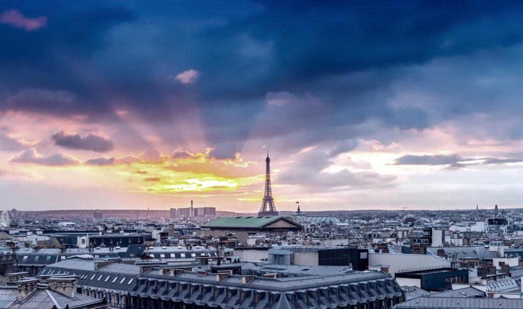 photo : Paris skyline. Architectural city detail