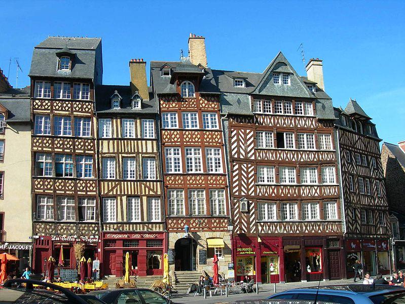 photo : 799px-Rennes_pl_Ch-Jacquet_DSCN1770