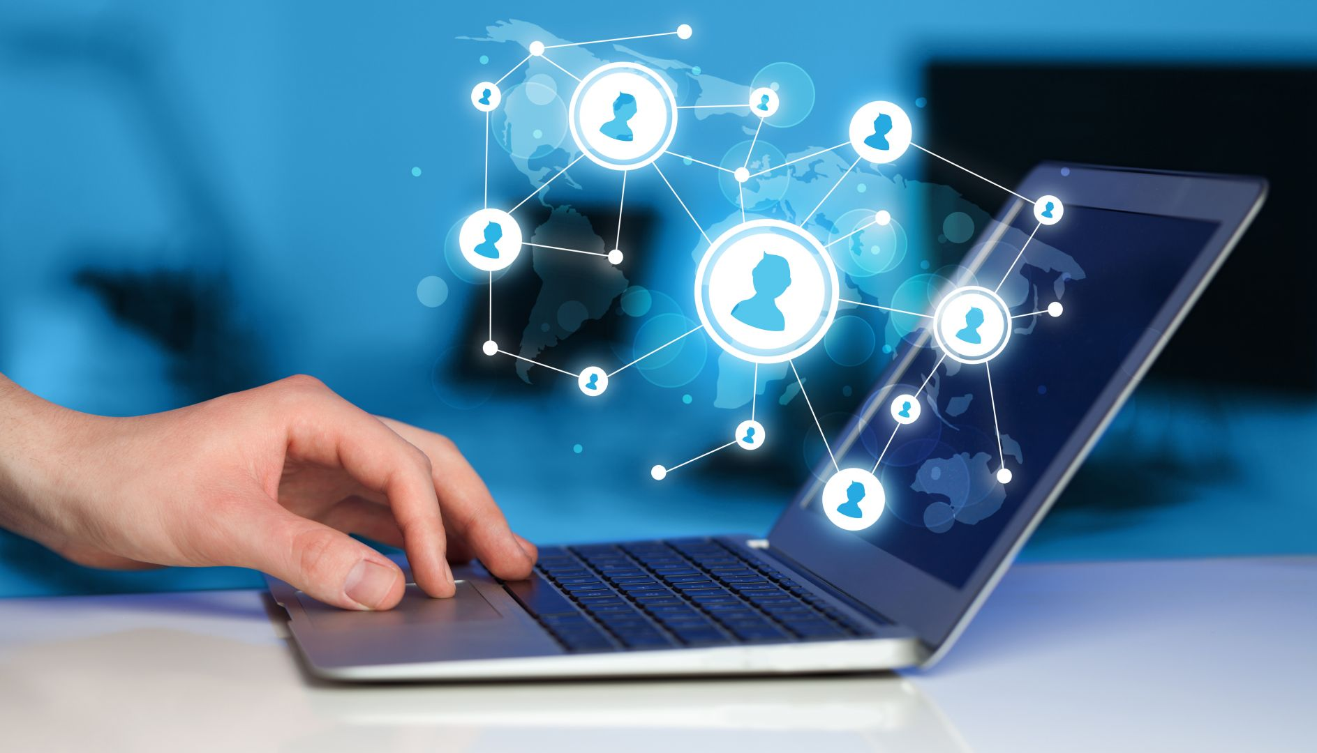 «Les 7 bonnes résolutions 2019 de l'agent immobilier connecté», Karine Mahieux Social Media Manager – Coach en stratégies numériques
