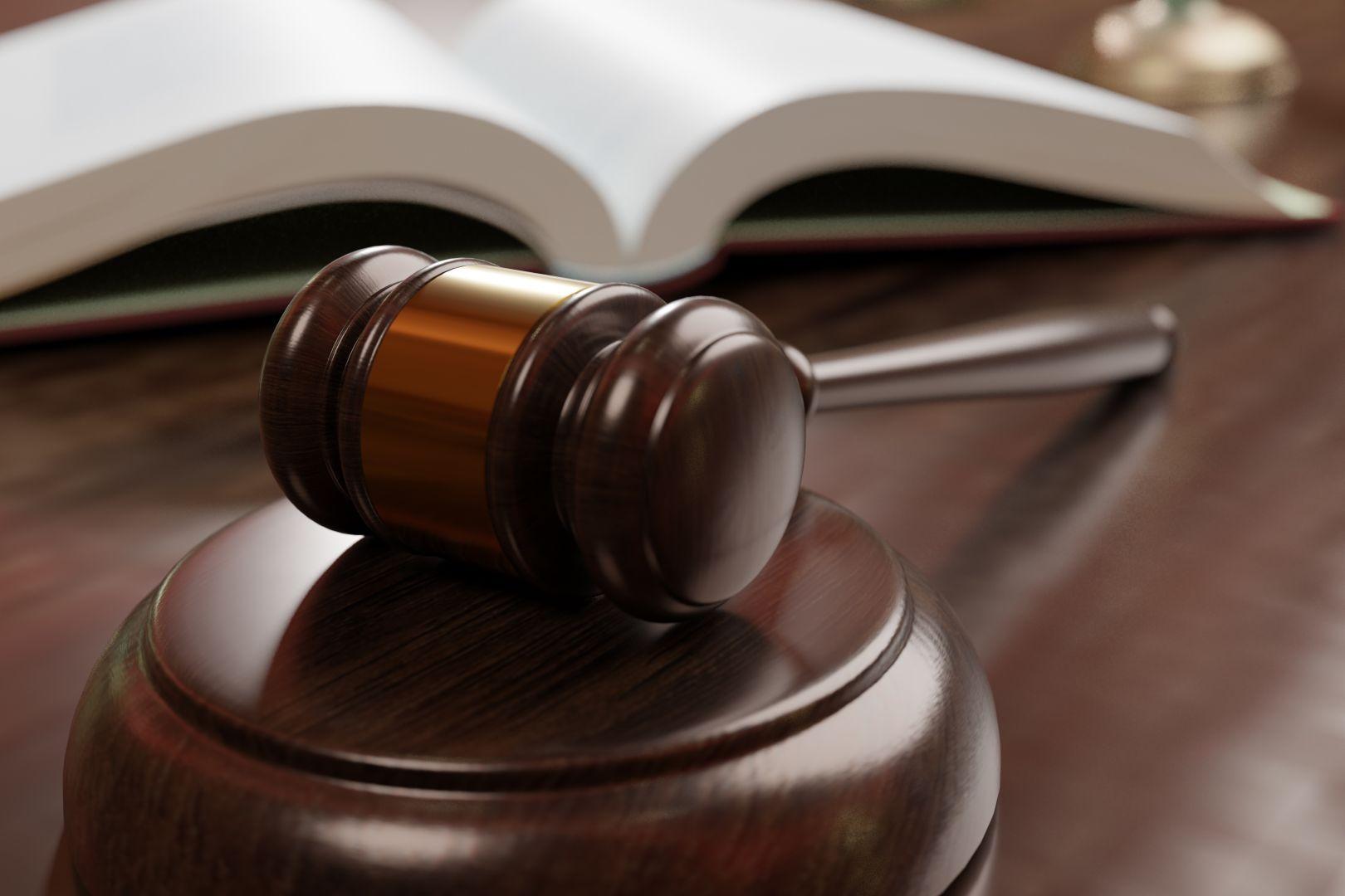 Les textes de l'état d'urgence publiés, Me Caroline Dubuis Talayrach, avocat