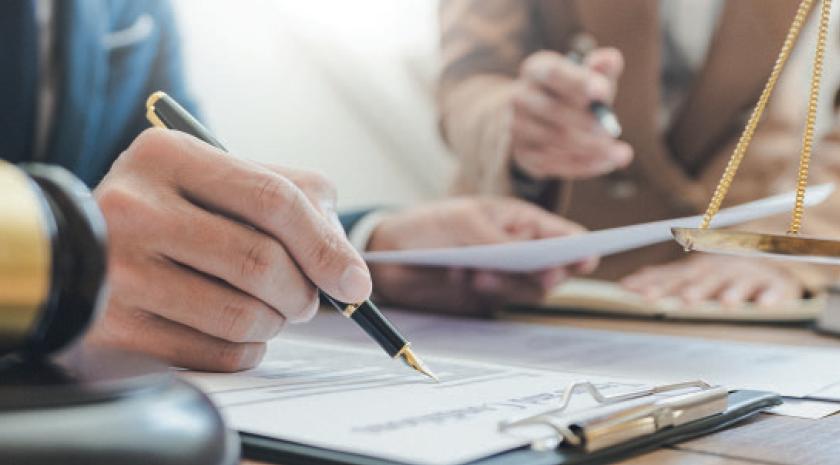 «Vérifiez la solvabilité de votre acquéreur !»; Anne-Claude Poncet Expert immobilier BusinessFil