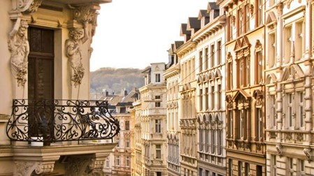 «Le ravalement et les désordres de façades d'immeuble», Dominique Boussuge, Pathologiste – Expert