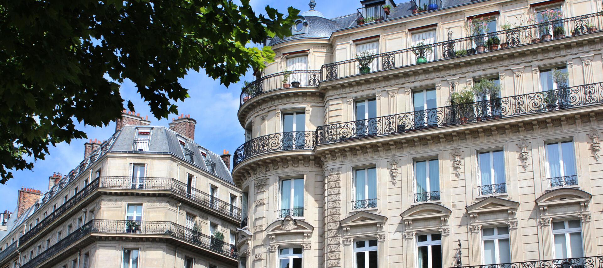 Immobilier ancien :  revanche des villes moyennes et réajustement parisien