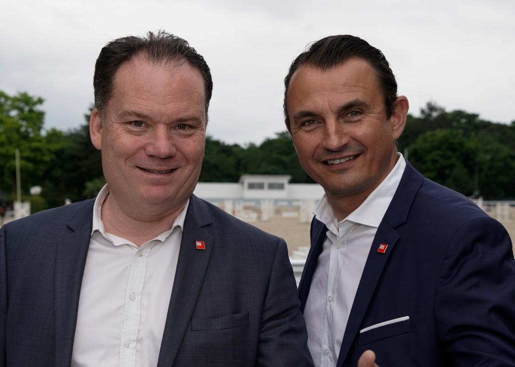 photo : Marc JULIEN et Gilles PARENT (Agences réunies)